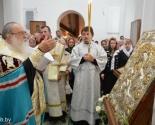 images/2013/Mitropolit_Filaret_pozdravil_Svyato_Troitskiy_prihod.jpg