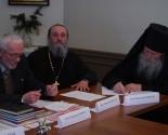 images/2013/Svyatari_vidautsi_i_navukoutsi_abmerkavali_zapatrabavanasts_belaruskay_movi_u_Tsarkvern/
