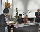 images/2013/Tryohdnevniy_seminar_bibliotekarey_otkrilsya_segodnya_v4547098.jpg