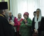 images/2014/Moleben_Ksenii_Peterburgskoy_sovershili_na_territorii_Detskoy2020168.jpg