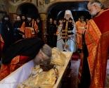 images/2014/Netlennoe_telo_episkopa_Konstantina_Essenskogo_perezahoronili.jpg