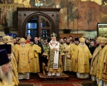 images/2015/Patriarh_Kirill_Svyatitel_Pyotr_bil_podlinnim.jpg