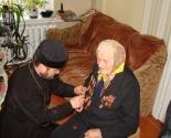 images/2015/V_Slonimskom_blagochinii_pozdravlyali_veteranov_voyni/