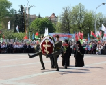 images/2016/Patriarshiy_Ekzarh_vozlogil_venok_k_monumentu_Pobedi_v_gorode_Minske5560856.jpg