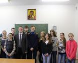 images/2016/S_Voskresnoy_shkoli_Radoste_Skorbyashchenskogo_prihoda.jpg