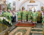 images/2018/V_prazdnik_Svyatogo_Duha_Patriarshiy_Ekzarh_vozglavil_Liturgiyu_v9337162.jpg