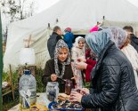 images/2019/Palomniki_preobrazili_mesto_upokoeniya_matushki_Valentini/